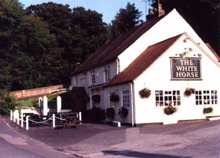 the white horse inn the ironbridge gorge pub guide. Black Bedroom Furniture Sets. Home Design Ideas